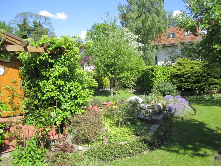 2011-05-02-Steingarten