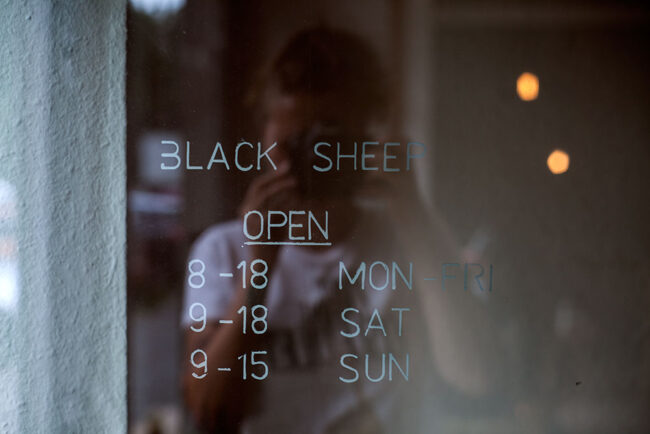 black_sheep_oeffnung